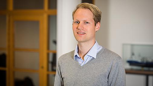 Nils Grønstad